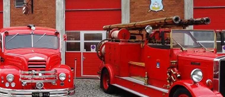 Pølser og rundvisning på Brandmuseet – se billederne